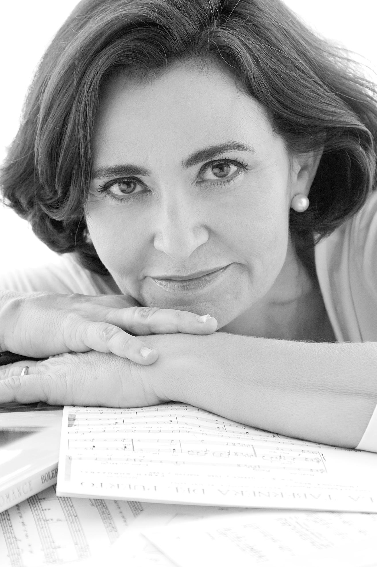 Cantante soprano para recitales privados, Reyes Moraleda