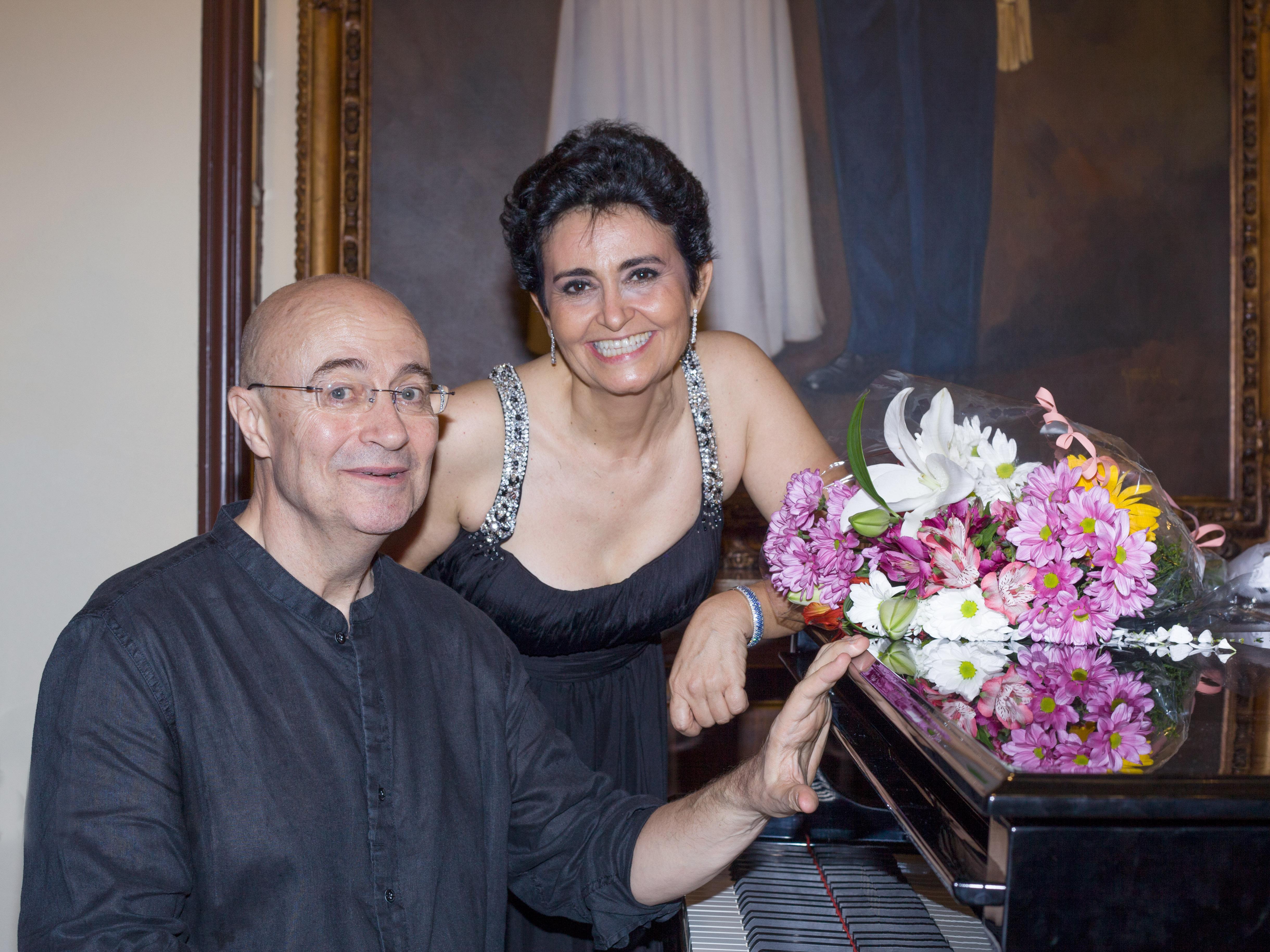 Cantante soprano para eventos empresa Reyes Moraleda