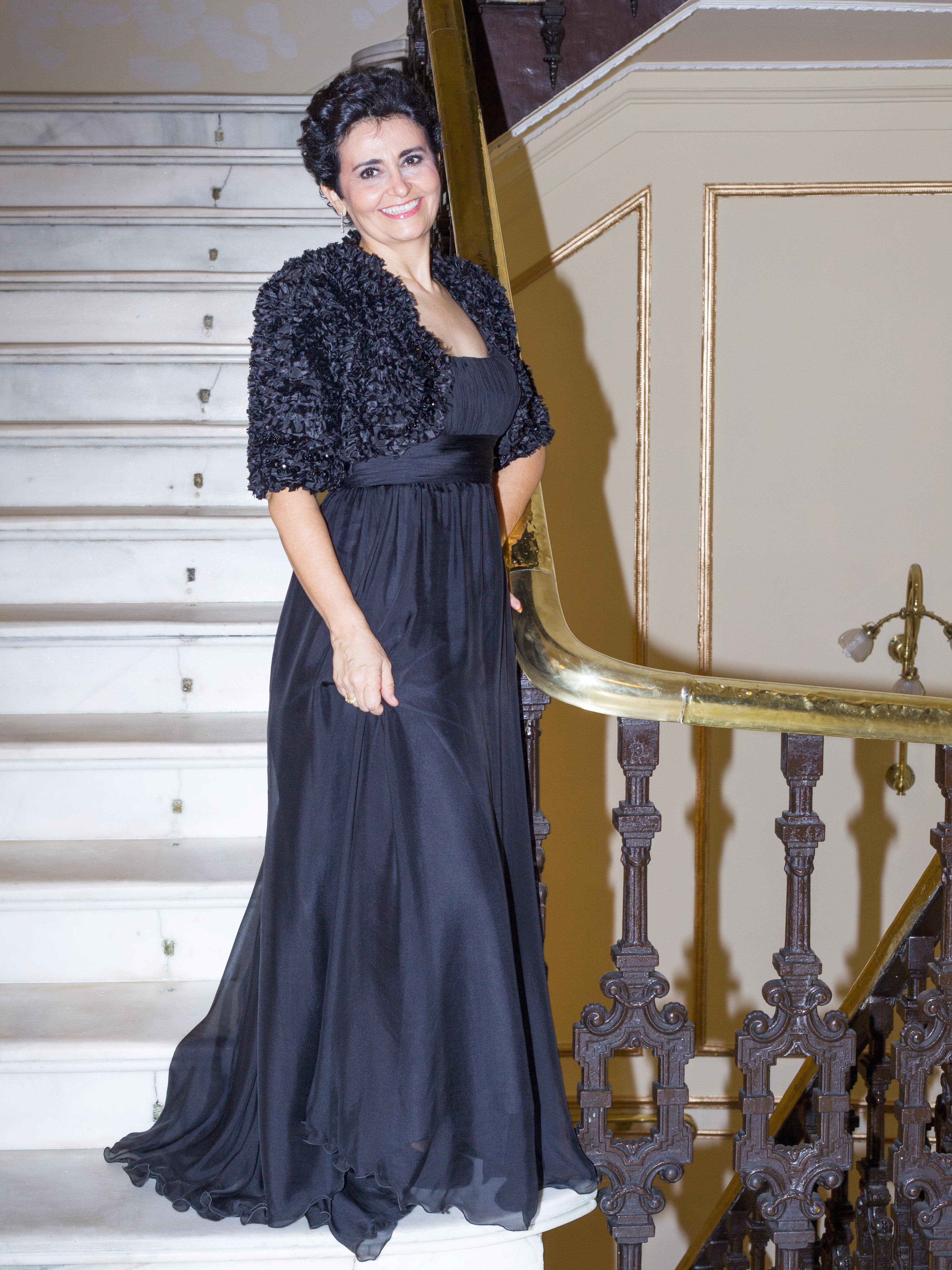 Cantante soprano para conciertos y recitales Reyes Moraleda