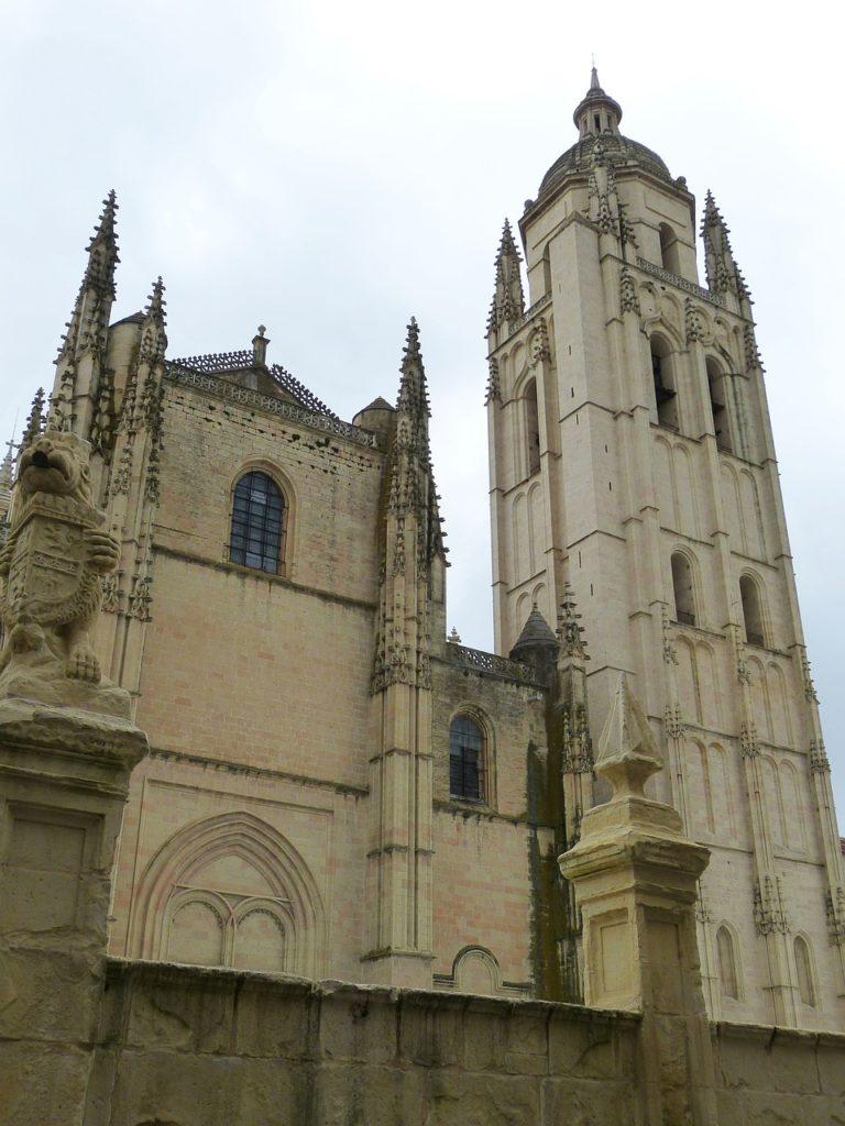 Cantante soprano para bodas en Segovia, Reyes Moraleda