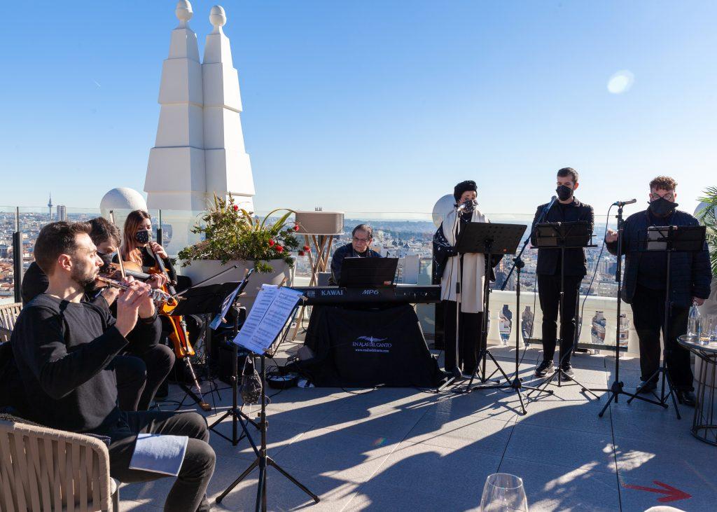 Reyes Moraleda cantante soprano para eventos empresa