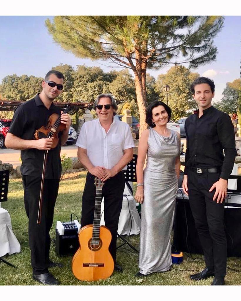 Cantante soprano para bodas civiles, Reyes Moraleda